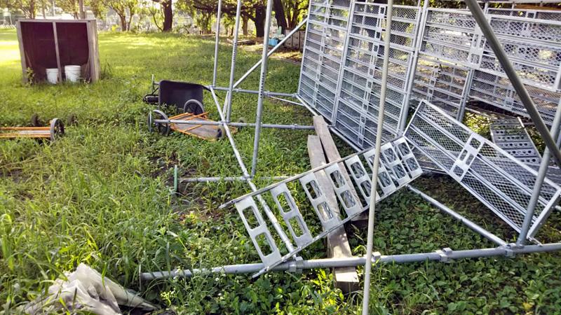台風15号で倒壊した櫓